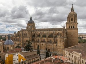 FAMOUS LANDMARKS IN ECUADOR