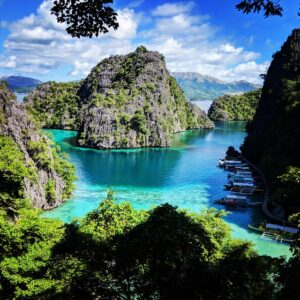 Places With the Bluest Water in the World
